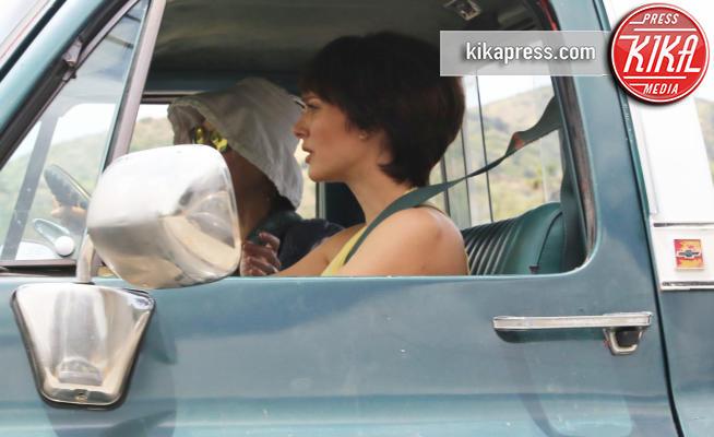 Natalie Portman - Westlake - 15-05-2019 - Natalie Portman alla guida spericolata di un Pick Up