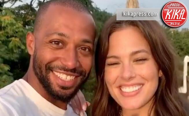 Justin Ervin, Ashley Graham - 14-08-2019 - Ashley Graham incinta: la curvy più bella sarà mamma!