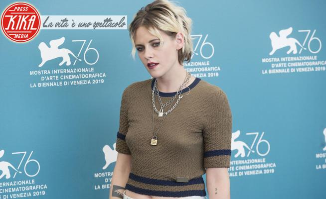 Kristen Stewart - Venezia - 30-08-2019 - Kristen Stewart diventa Lady D.: la prima foto di Spencer
