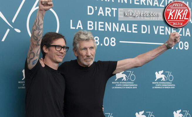 Sean Evans, Roger Waters - Venezia - 06-09-2019 - Venezia 76, Roger Waters vs Salvini: