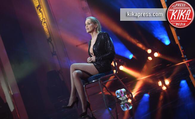 Sharon Stone - Berlino - 07-11-2019 - Sharon Stone ripete Basic Instinct 27 anni dopo