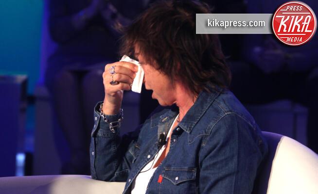 Gianna Nannini - Roma - 01-12-2019 - Domenica In: Gianna Nannini in lacrime. E poi la oscurano