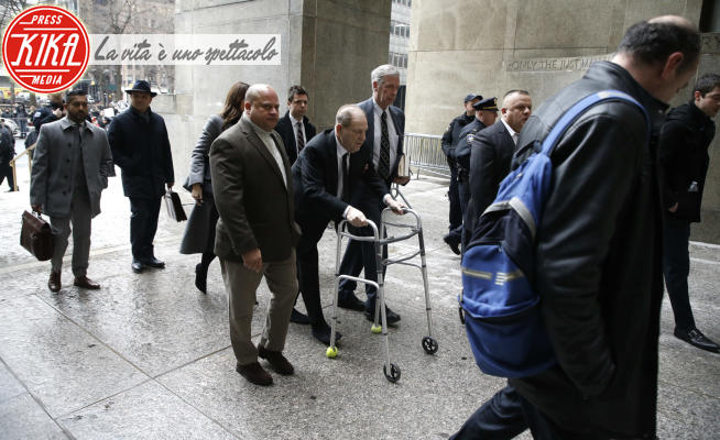 Harvey Weinstein's First trial day in New York, Us, Harvey Weinstein - New York - 06-01-2020 - Inferno e fiamme su Harvey Weinstein. C'è anche la pedofilia!