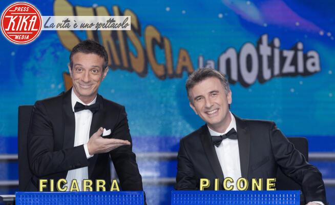 Picone, Ficarra, Valentino Picone, Salvatore Ficarra - Milano - 07-01-2020 - Striscia la Notizia: Ficarra e Picone, ritorno al bancone!