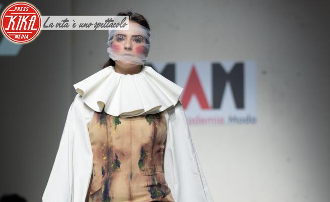 Sfilata Maiani Accademia Moda - 23-01-2020 - Altaroma 2020: la sfilata Maiani Accademia Moda cita Fellini