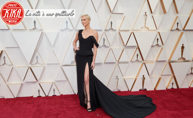 Charlize Theron - Hollywood - 09-02-2020 - Oscar 2020: gli stilisti sul red carpet