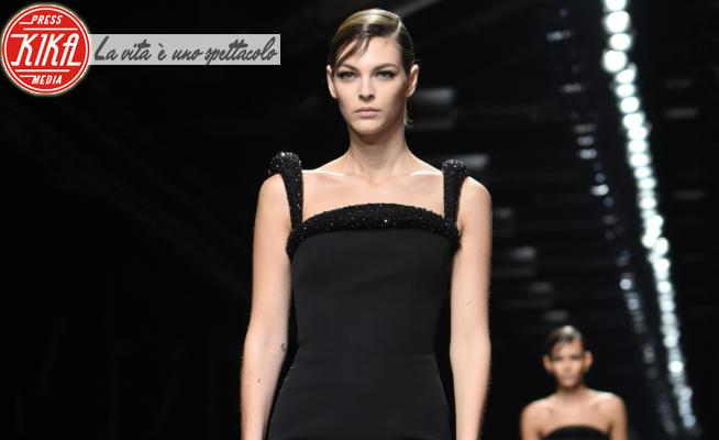 Sfilata Versace, Modella - Milano - 21-02-2020 - Milano Fashion Week: la sfilata di Versace
