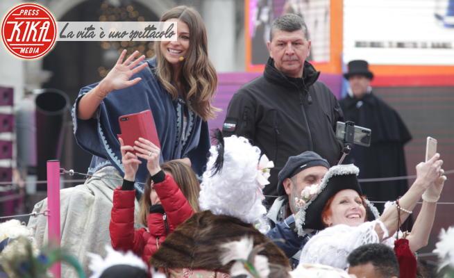 Carnevale di Venezia, Cristina Chiabotto - Venezia - 23-02-2020 - Carnevale di Venezia: Chiabotto e Ghedina al Volo dell'Angelo
