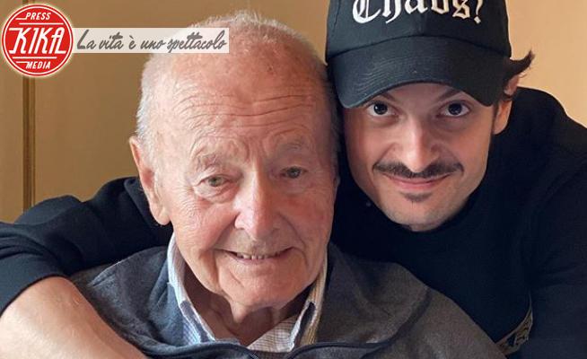 Nonno Fabio Rovazzi, Fabio Rovazzi - Milano - 03-04-2020 - Coronavirus, Fabio Rovazzi: il commovente addio al nonno
