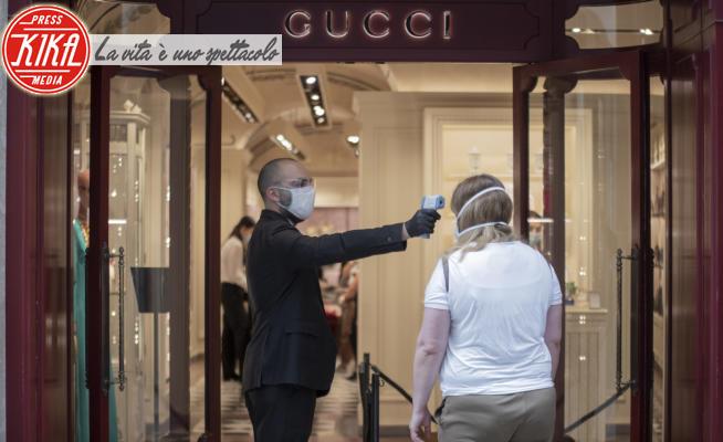 Ripartenza Italia, Negozio Gucci - Salerno - 18-05-2020 - Ripartenza italiana, il reportage nelle nostre città