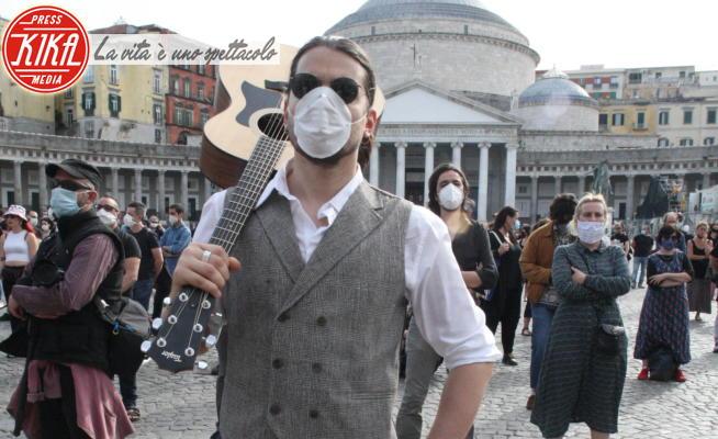 Artisti, attori - Napoli - 22-05-2020 - Napoli, la protesta dei lavoratori di Cultura e Spettacolo