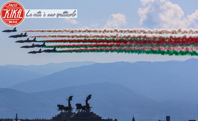 Frecce Tricolori - Roma - Festa della Repubblica, le Frecce Tricolori nel cielo di Roma