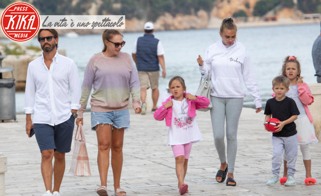 Petra Ecclestone - Dubrovnik - 16-06-2020 - Tamara e Petra Ecclestone, vacanza di famiglia a Dubrovnik