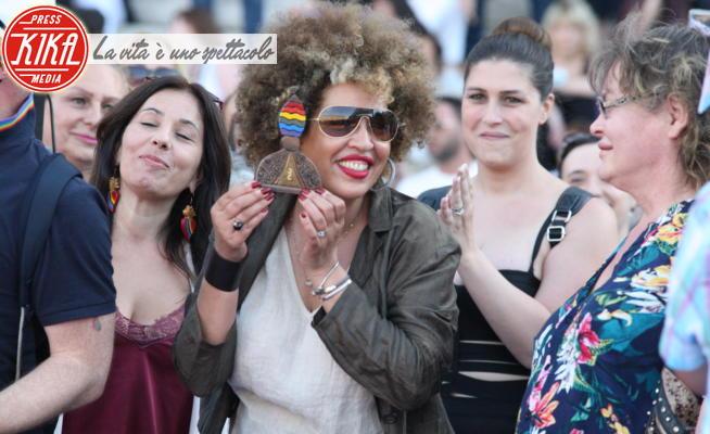 Napoli Pride 2020, M'Barka Ben Taleb - Napoli - 27-06-2020 - Napoli Pride 2020, il Flash mob per Sarah Hijazi