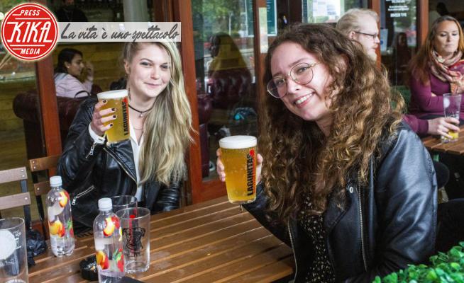 Supersaturday - 04-07-2020 - Supersaturday: l'Inghilterra riapre i pub, le immagini