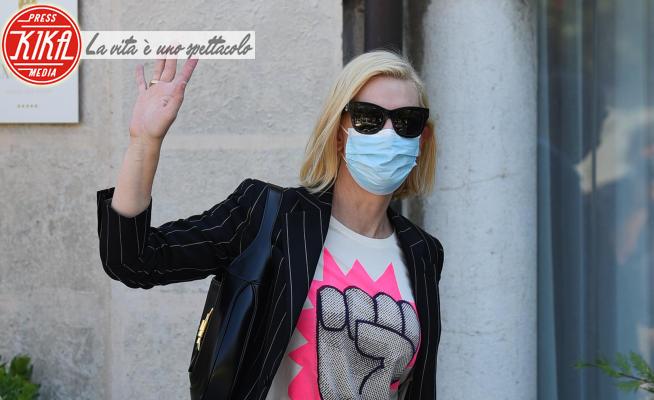 Cate Blanchett - Lido di Venezia - 09-09-2020 - Cate Blanchett, sulla t-shirt il pugno chiuso: ecco perché