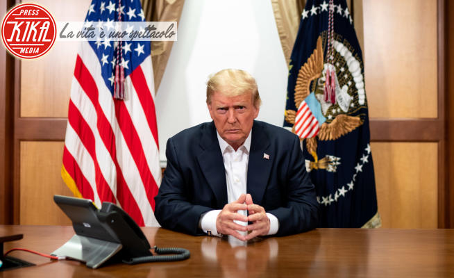 Donald Trump - Bethesda - 04-10-2020 - Vip controcorrente, ecco chi fa il tifo per il Trump bis