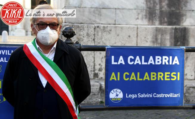 Sindaci calabresi - Roma - 19-11-2020 - La Calabria ai Calabresi: i sindaci e la Lega protestano a Roma