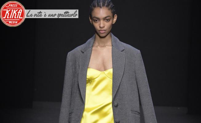 Cristiano Burani - Milano - 22-02-2020 - Pantone Illuminating e Ultimate Gray, i colori del 2021