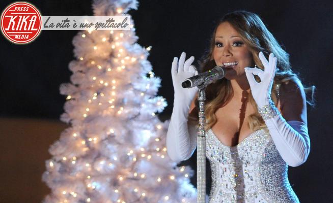 Mariah Carey - New York - 03-12-2013 - Mariah Carey, tutti i segreti e le curiosità su mamma Natale