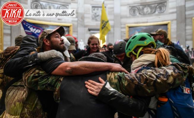 Assalto al Campidoglio - Washington - 06-01-2021 - Assalto al Congresso, le immagini della surreale guerriglia