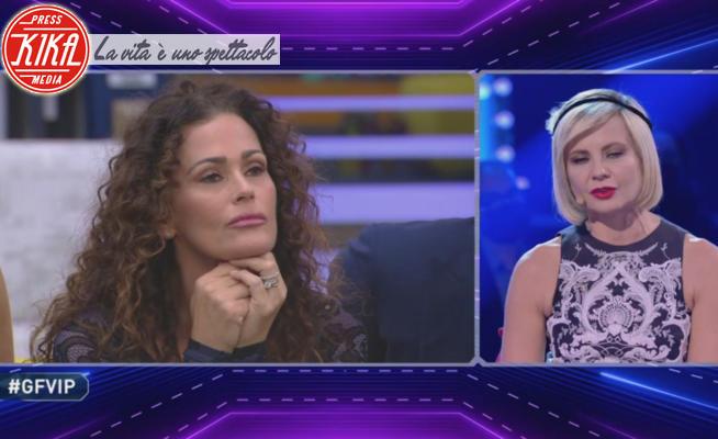 Samantha De Grenet, Antonella Elia - 14-01-2021 - GF Vip 5,Benedicta Boccoli contro la Elia: Non hai avuto cancro