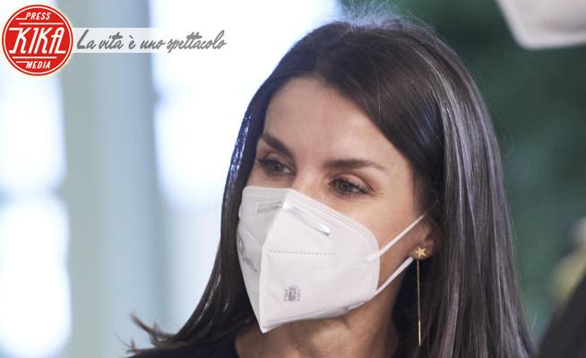Letizia Ortiz - Madrid - 09-02-2021 - Letizia di Spagna, lo stile non teme neanche i capelli grigi!