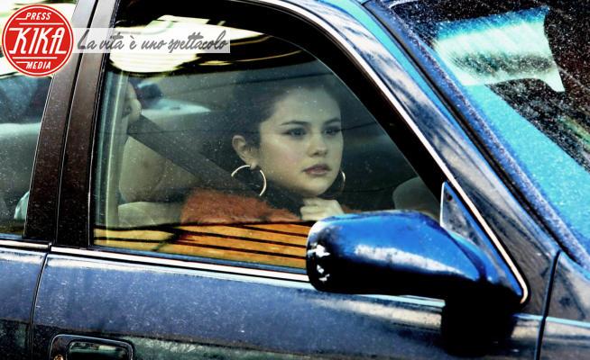 Selena Gomez - New York - 21-02-2021 - Only Murders in the Building, Selena Gomez si dà al crimine