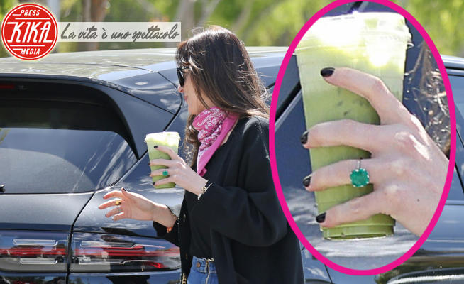 Dakota Johnson - Los Angeles - 26-03-2021 - Dakota Johnson è fidanzata: 50 sfumature di... verde smeraldo