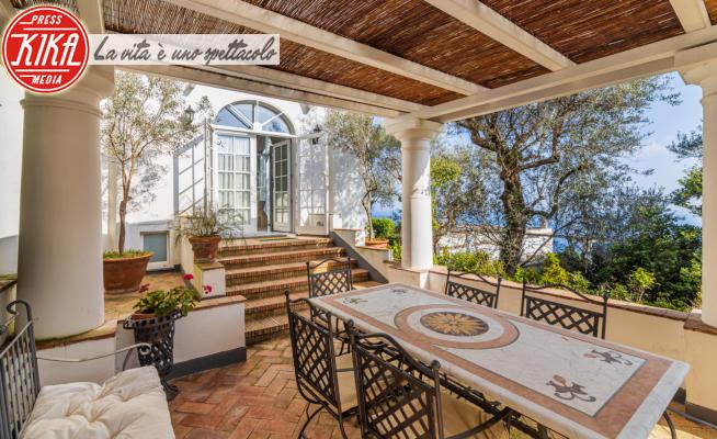 Villa Christian De Sica - Capri - 01-04-2021 - Uno scorcio di paradiso, la villa a Capri di Christian De Sica