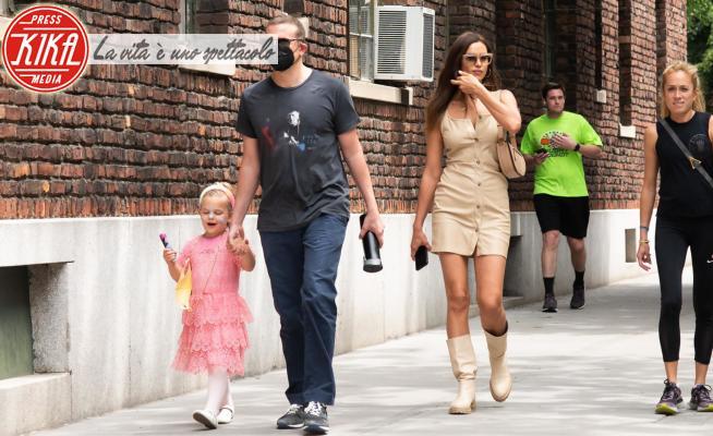 Lea De Seine Shayk Cooper, Irina Shayk, Bradley Cooper - New York - 02-06-2021 - Tutto per Lea, Bradley e Irina come ai tempi d'oro