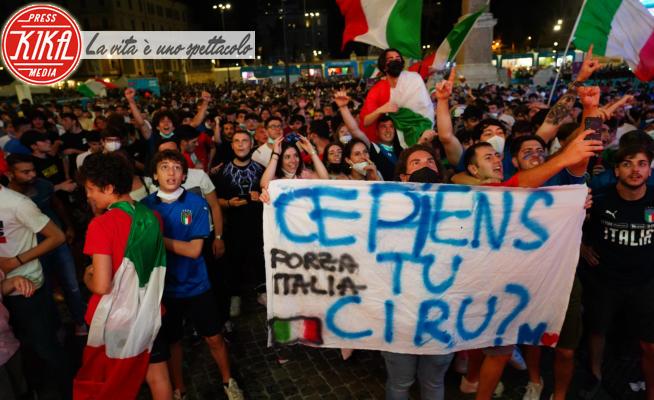 Tifosi Italia - Roma - 16-06-2021 - Italia Svizzera 3-0, la festa azzurra sulle strade di Roma