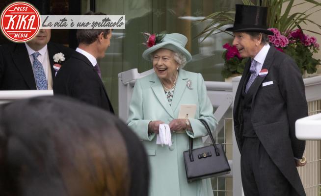 John Warren, Regina Elisabetta II - Ascot - 19-06-2021 - La regina Elisabetta ritrova il sorriso ad Ascot