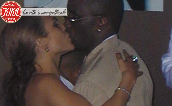 Sean Combs, Jennifer Lopez - New York - 25-07-2000 - I Bennifer? Una farsa, J.Lo vuole far ingelosire P. Diddy!