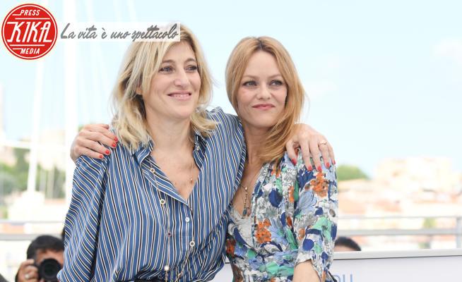 Vanessa Paradise, Valeria Bruni Tedeschi - Cannes - 10-07-2021 - Cannes 2021:Vanessa Paradis e Valeria Bruni Tedeschi al Festival
