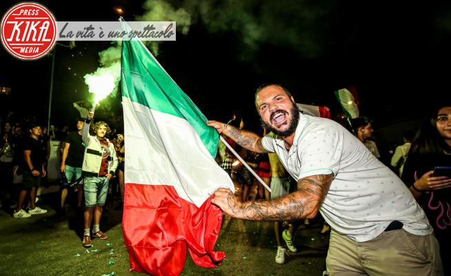 Tifosi italiani - Litorale romano - 11-07-2021 - Italia campione d'Europa, nelle strade italiane esplode la festa