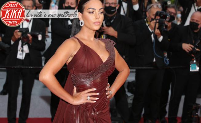 Georgina Rodriguez - Cannes - 16-07-2021 - Cannes 2021, Georgina Rodriguez la fuoriclasse del red carpet