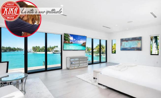 Miami - 13-08-2021 - Il tour nella nuova villa dei Bennifer, entrate con noi!