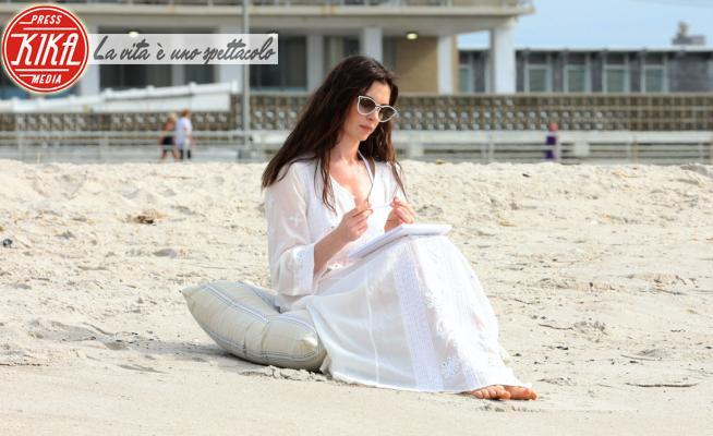 Anne Hathaway - New York - 16-08-2021 - WeCrashed, che miraggio Anne Hathaway!