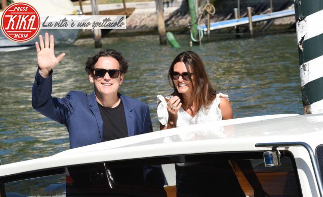 Roberta Mastromichele, Matt Dillon - Venezia - 01-09-2021 - Venezia 78: Matt Dillon e Isabelle Huppert, il jetset in darsena