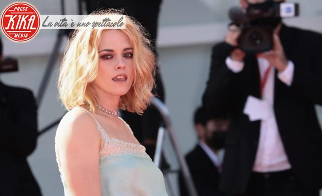 Kristen Stewart - Lido di Venezia - 03-09-2021 - Venezia 78,Kirsten Stewart bellissima sul red carpet di Spencer