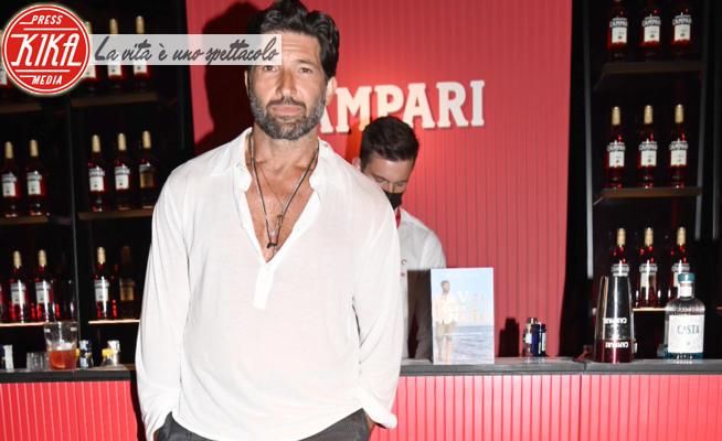 Walter Nudo - Venezia - 09-09-2021 - Venezia 78, coraggio Walter Nudo. In infradito al Lido