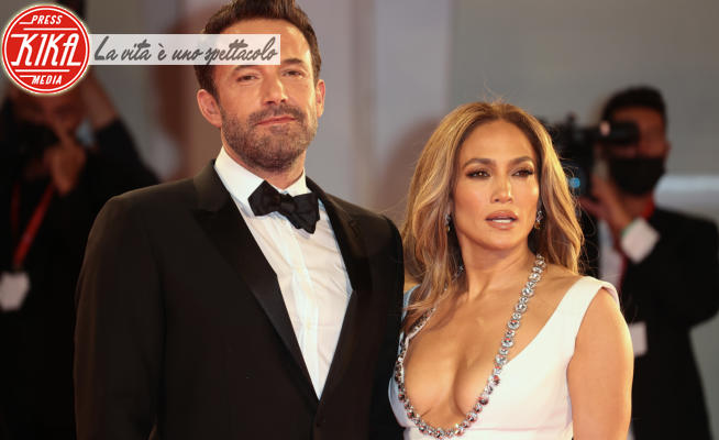 Jennifer Lopez, Ben Affleck - Venezia - 10-09-2021 - Venezia 78: Jennifer Lopez, riuscite a guardarla negli occhi?