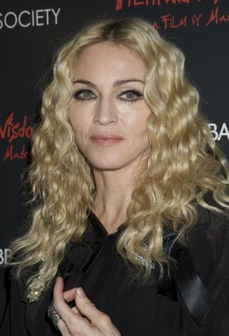 Madonna - New York - 14-10-2008 - Madonna paghera' 56 milioni all'ex marito Guy Ritchie