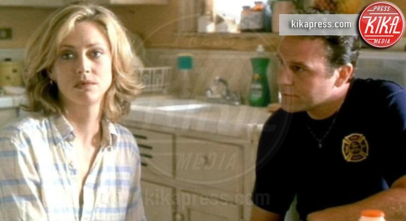 """john costelloe, Ally Walker - Morto suicida John Costelloe, un attore dei """"Soprano"""""""