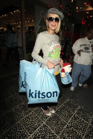 Paris Hilton - West Hollywood - 06-12-2007 - ParisHilton.com bersaglio di ladri informatici