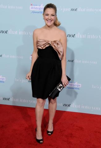 "Drew Barrymore - Hollywood - 02-02-2009 - Drew Barrymore potrebbe dirigere il terzo episodio di ""Twilight"""