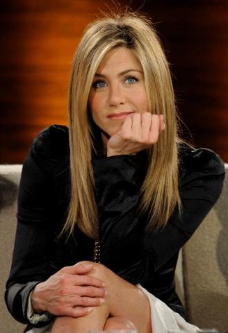 """Jennifer Aniston - Berlino - 01-03-2009 - Il cast di """"Friends"""" è come una famiglia per Jennifer Aniston"""