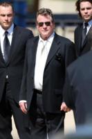 Ryan O'Neal - Los Angeles - 30-06-2009 - Ryan O'Neal vieta al figlio Griffin di partecipare ai funerali di Farah Fawcett