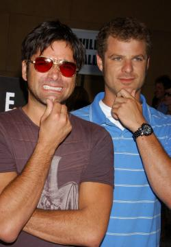 Matt Stone, John Stamos - Hollywood - 20-07-2005 - La Chiesa di Scientology ha spiato i creatori di South Park